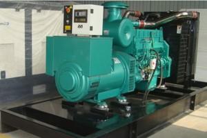 康明斯100kw柴油发电机组