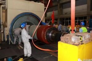 沧州项目#2发电机转子抽取一次成功