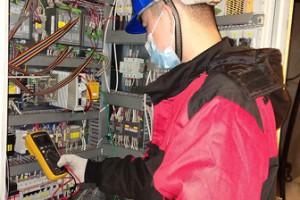 公司华锐风机PLC自主可控项目机组并网成功