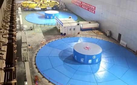 乌东德水电站第四台机组正式投产发电