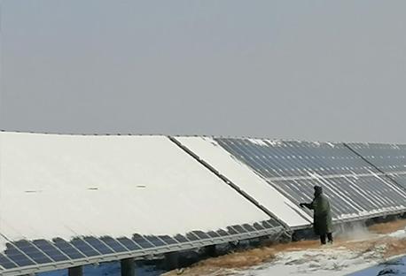 国家电投黑龙江分公司防疫保安全 除雪抢发电